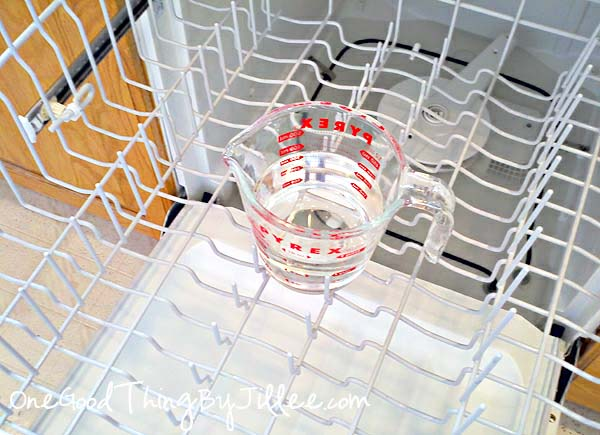 how-to-clean-your-dishwasher-4