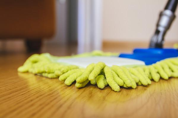 Cleaning Service Streak Free Floors